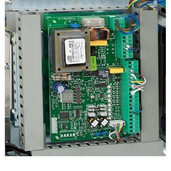 SCHEDA ELETTRONICA E850 PER MOTORIDUTTORE 230V C850 FAAC 63002935 AUTOMAZIONE
